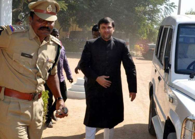 mim leader owaisi released from jail- India Tv