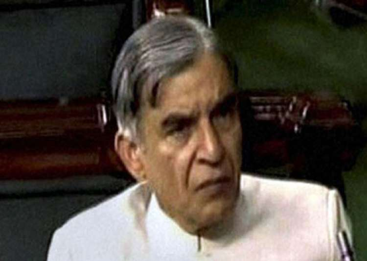 bansal begins presenting his maiden rail budget- India Tv