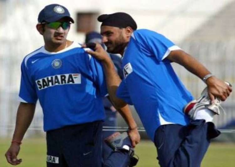 gambhir out harbhajan in for first two tests- India Tv