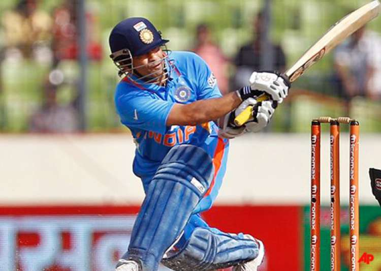 tendulkar s record ton goes in vain bangladesh upset india- India Tv