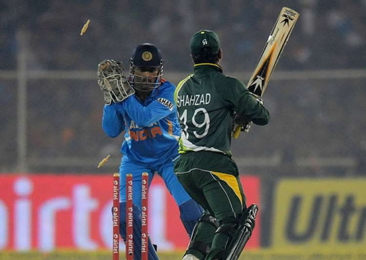 ind pak t20 india beat pak by 11 runs level series 1 1- India Tv