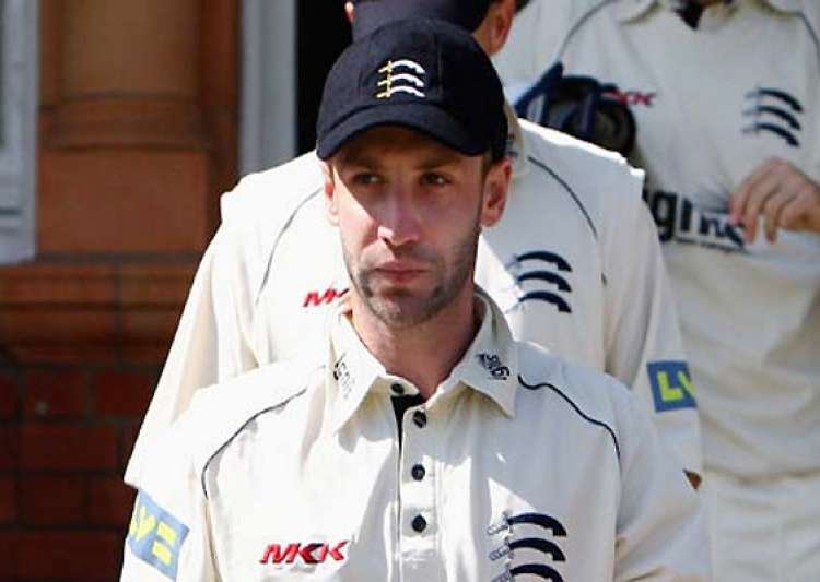 phil hughes recalled to replace ponting- India Tv