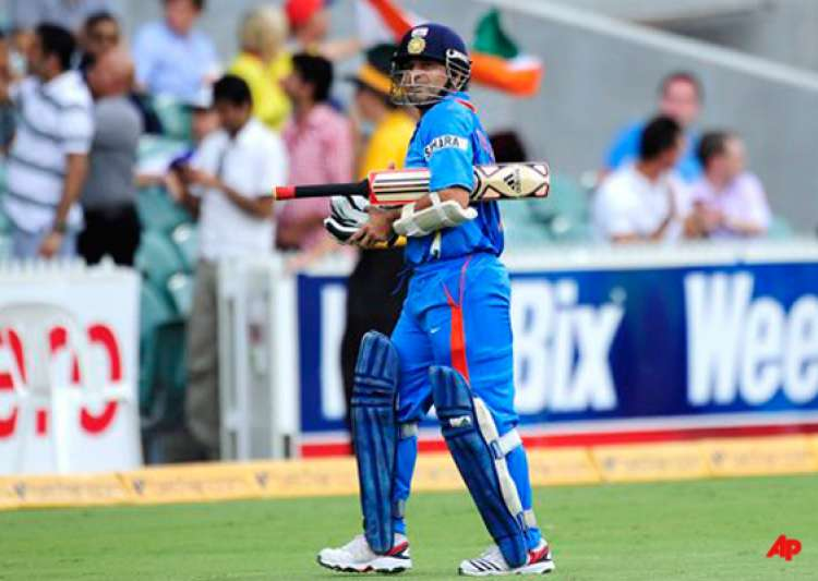 selectors fear telling sachin tendulkar to retire from odis- India Tv