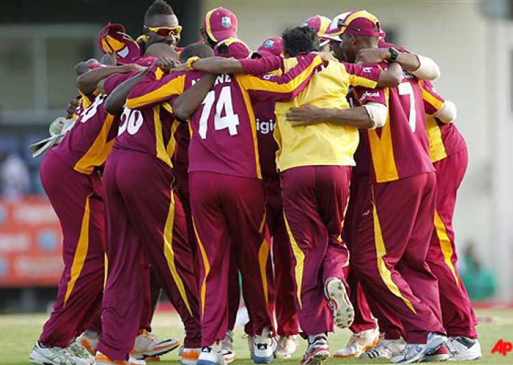 west indies beats australia by 42 runs in 4th odi- India Tv