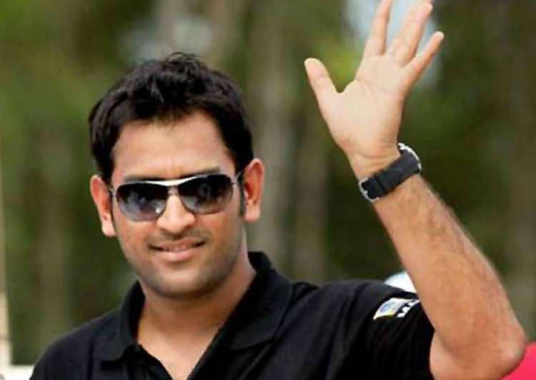 two new drivers in ms dhoni s superbike championship- India Tv