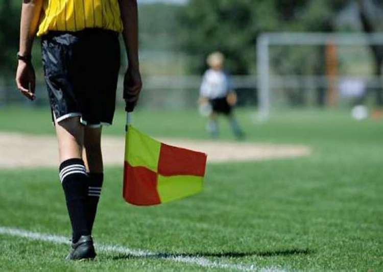 dutch youth football linesman dies after attack- India Tv