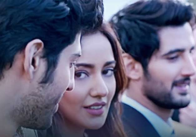 Anubhav Sinha's 'Tum Bin' became successful when it released in 2001. Now, its sequel 'Tum Bin 2', with different star cast is to ready to woo the audience. The film features Neha Sharma, Aditya Seal along with Aashim Gulati and is scheduled for November 18 release.
