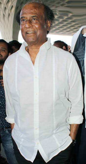 Donning a white shirt and no make up, megastar Rajnikanth too was spotted at the airport. The 'Tahalivar' recently released the first look of his highly-anticipated movie '2.o', that also stars superstar Akshay Kumar. At the launch, Rajinikanth said that the actual hero of the movie is Akshay.