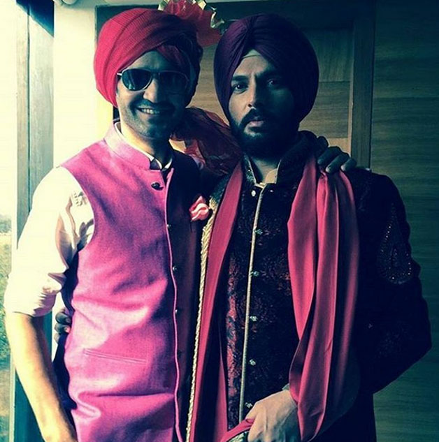 Groom Yuvraj Singh striked a pose with actor-television presenter Gaurav Kapoor.