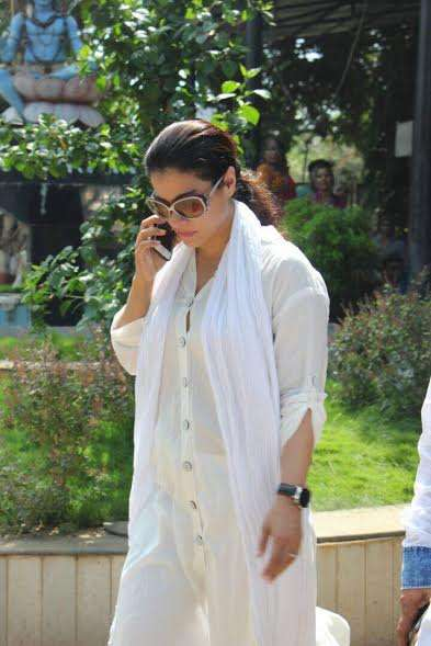 Kajol also paid her last respects to the veteran actress