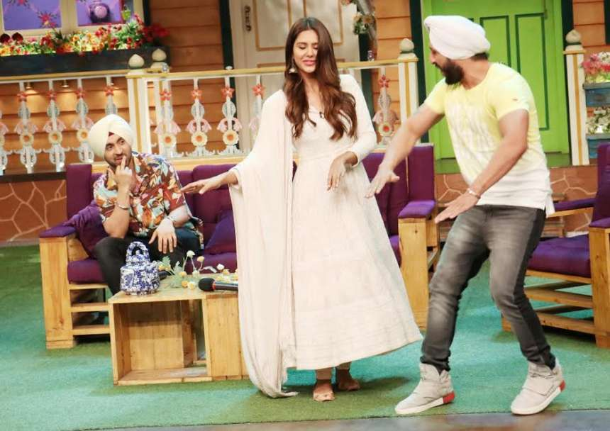 Sonam was seen shaking a leg with one of her fans