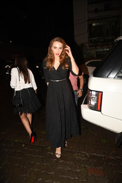 Salman Khan's rumoured girlfriend Iulia Vantur was looking drop dead gorgeous in black gown. She has given many steal-worthy looks in the past for all the fashion lovers.