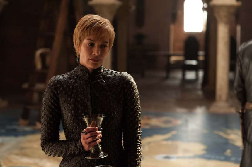 Cersei in the map room
