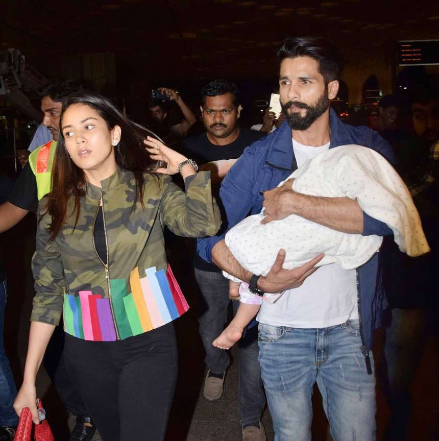 Shahid Kapoor and Mira Rajput's daughter Misha will also be making her debut at the event. Recently, the couple was spotted with Misha at the airport.