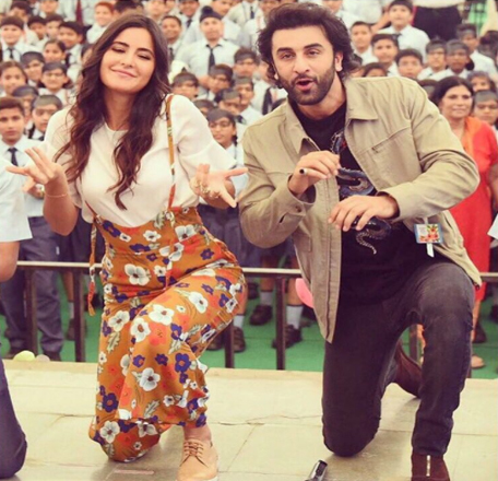 Interestingly, Ranbir and Katrina also shaked legs along with students at Ryan Public School in New Delhi and even taught some dancing moves to them.