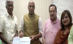 Former IAF airman donates Rs 1.08 crore to Defence Ministry