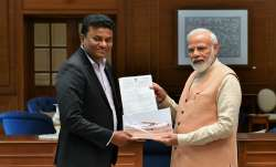 PM Narendra Modi with Captain Amol Yadav
