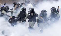 Hong Kong protesters attempt to flee university campus