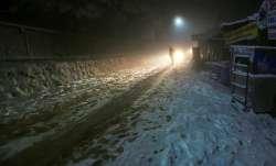 Srinagar-Leh highway, Mughal road closed for vehicular