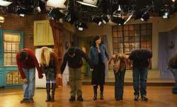 Jennifer Aniston (Rachel), Courtney Cox (Monica), Matthew