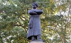 Swami Vivekananda's statue vandalised in Bengal district