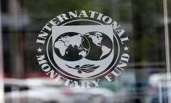 IMF urges Pakistan to freeze govt salaries