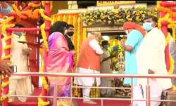 Amit Shah prays at Charminar temple ahead of Hyderabad MC poll campaign
