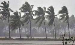 Cyclone Nivar brings heavy rainfall to Chennai; PM Modi dials TN, Puducherry CMs, assures full suppo