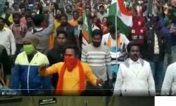 3 BJP activists arrested for raising 'goli maro...' slogan in West Bengal | WATCH