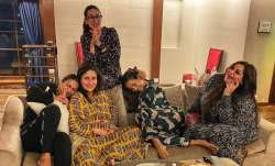Kareena Kapoor Khan's celebrates 'Fortune Nights' with BFFs Malaika, Amrita and sister Karisma Kapoo