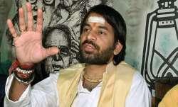Bihar by polls, seventeen candidates, two seats, Tej Pratap Yadav, Bihar by polls news,  Congress ,
