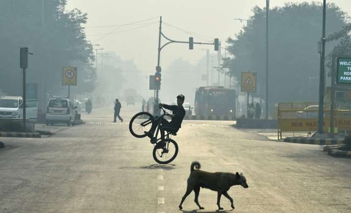 Air quality in Delhi remains 'moderate'